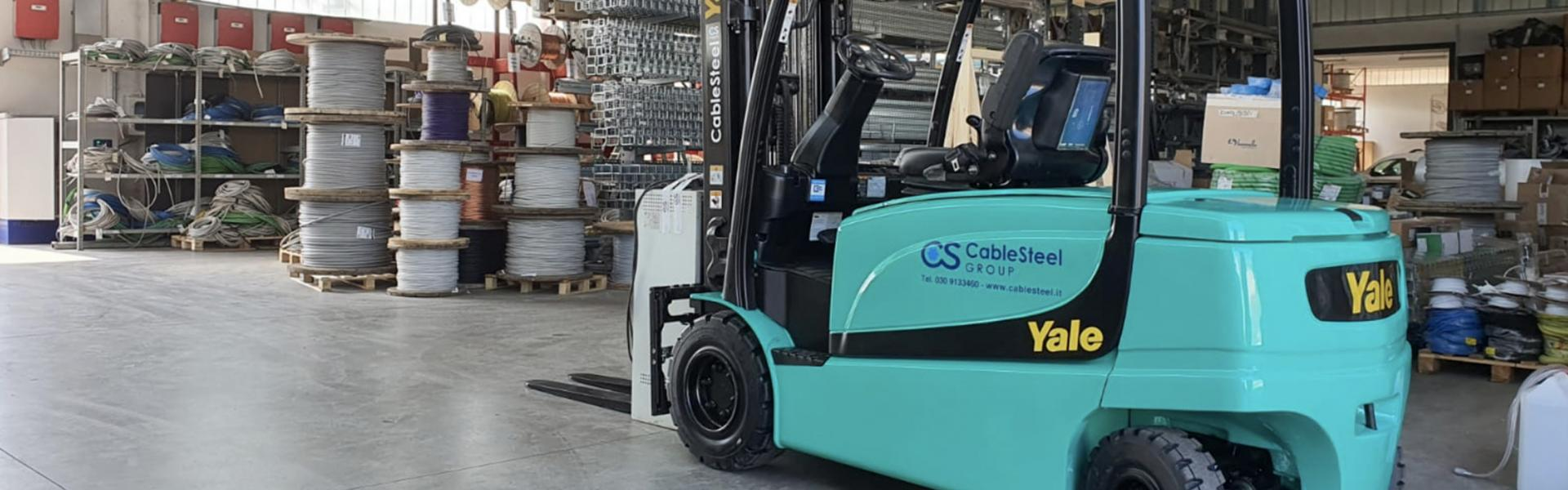 Customize the car-body of your forklift!